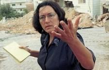 """La disfatta morale di israele ci perseguiterà per anni. Amira Hass. Scrive la giornalista israeliana: """"Se vittoria vuol dire causare al nemico una pila di bambini massacrati, allora Israele ha vinto. Queste vittorie si aggiungono alla nostra implosione morale, la sconfitta etica di una società che ora si impegna a non fare un'auto-analisi, che si bea nell'autocommiserazione a proposito di ritardi nei voli aerei?"""""""