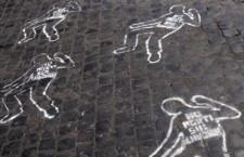 """Rovigo: quattro operai uccisi da esalazioni in fabbrica. Paolo Ferrero, segretario nazionale di Rifondazione Comunista: """"Esprimiamo tutto il nostro cordoglio per la morte dei quattro operai ad Adria alle famiglie, agli amici e a tutti i lavoratori dello stabilimento, e ci auguriamo che il quinto operaio possa guarire. La magistratura appurerà lo svolgimento puntuale dei fatti, ma le morti sul lavoro non sono mai """"incidenti"""". Alla base c'è sempre la pressione sui lavoratori, la mancanza o l'insufficienza di investimenti in sicurezza, un'organizzazione del lavoro pensata prima di tutto per garantire utili anche a scapito dell'incolumità e della salute dei lavoratori. Ed è inaccettabile che il governo invece di intervenire per rafforzare le tutele, voglia togliere ancora diritti e garanzie a chi lavora: chi è in grado di far rispettare le regole sulla sicurezza se è sottoposto quotidianamente alla minaccia del licenziamento?"""""""