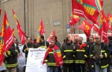 I pompieri si ribellano ad essere usati per gli sfratti.