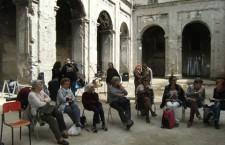 Una conversazione tra storie di recluse e luoghi reclusi a Napoli.