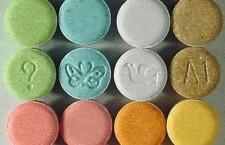 L'antidepressivo induce al suicidio ma l'azienda nasconde per anni i dati delle ricerca. Il caso della paroxetina.