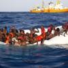 Pateh si suicida lanciandosi in acqua: insulti razzisti mentre annega