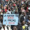 Perché Salvini vuole chiudere i porti agli immigrati che ci rubano il lavoro