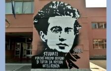 Il 27 aprile 1937 moriva, stroncato dalla dittatura fascista, un grande Uomo, Italiano, politico, filosofo, politologo, giornalista, linguista e critico letterario