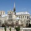 Nostra-Signora dell'Identità: cattedrali, incendi e simbolismi a vanvera