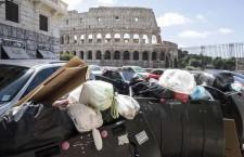 L'«emigrazione» dei rifiuti non ha frontiere, i danni economici e ambientali