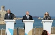 Da Minniti a Salvini, da Ursula Von Der Meyen a Conte, migranti senza speranze?