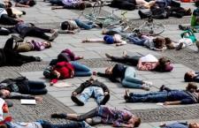 IL POTERE DELL'EMERGENZA: PERCHÉ CHIEDERE AI GOVERNI DI DICHIARARE LO STATO DI EMERGENZA CLIMATICA È RISCHIOSO