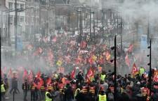 Uno sciopero in stile Gilets Jaunes: dopo il rond-point, il grande ponte