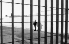 Svuotare carceri e Cpr subito