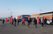 Coronavirus: Stop al lavoro senza sicurezza, fermato il coordinatore Si Cobas