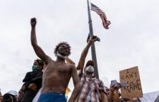 Keeanga-Yamahtta Taylor: «Negli Stati Uniti è in corso una ribellione di classe contro il razzismo»