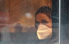 Donna, precaria, finta partita Iva: la crisi che la politica finge di non vedere