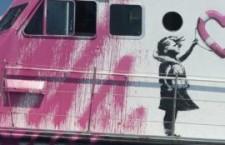 """""""Noi sulle navi delle ong, testimoni scomodi di un'Europa che lascia affogare donne e bambini"""""""