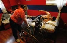 Assistenza domiciliare a persone con gravi disabilità: la situazione peggiora