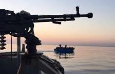 Cannonate italiane sparate dai libici contro il peschereccio italiano di Mazara del Vallo