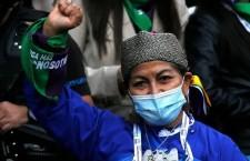 Una donna mapuche alla costituente in Cile