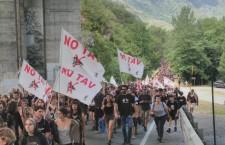 Non bastano 10.000 agenti per fermare i No Tav