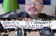 """I genitori di Taranto a Cingolani: """"Lei è indegno del ruolo che copre"""""""