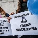 Uno studente su tre paga per fare alternanza scuola-lavoro